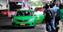 คมนาคม ส่งสัญญาณขึ้นค่าแท็กซี่และเซอร์ชาร์จ อีก 5%