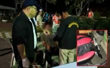 ร.ต.ท.ยะลา มอบตัว โดนรอง ผบก.พัทลุงแจ้งหมิ่นฯ กรณี อส.ตั้งด่านจับตำรวจ