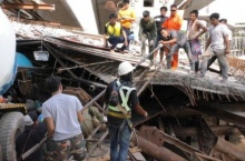 ตำรวจแจ้งข้อหาวิศวกรประมาททำสะพานปูนหล่นทับคนเจ็บ4ราย