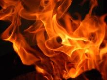 ไฟไหม้ใหญ่ลำพูน จากร้านของเก่า ลุกลามถึงหอพัก