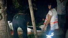 สุดเศร้า! หญิงชาวสวนวัย 59 ตกต้นมะพร้าวดับคาร่องสวน