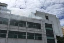 ระทึก!ไฟไหม้ดาดฟ้าอาคารบำบัดน้ำเสีย รพ.รามา