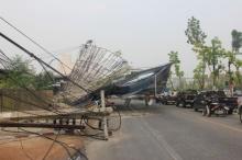 พายุถล่มลำปางเสียหายยับไฟดับทั้งเมือง