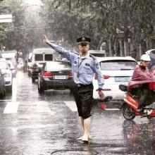 น้ำท่วมจัดหนักเซี่ยงไฮ้ยกเลิกเที่ยวบินเกือบ 500 เที่ยว