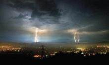 เตือน!! ชาวกรุงฯอย่าประมาท!! เตรียมการรับมือ พายุหมุนเขตร้อน !!