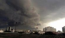 ด่วน!! เย็นนี้ พายุผ่าใจกลางกรุงเตือนรีบกลับบ้านก่อน6โมงเย็น!!
