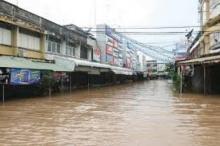 พิษพายุราอี สุโขทัยจมทั้งเมือง