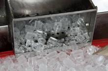 แชร์กันว่อนเน็ต ′น้ำแข็งยูนิตใส่ฟอร์มาลีน′? ? ? ?