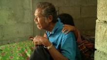 เด็กหญิง 10 ขวบ ยอดกตัญญู ลาออกจากโรงเรียนเพื่อเลี้ยงดูพ่อตาบอด