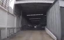 ลูกค้าแฉพนง.ศูนย์บริการรถยนต์ เบิ้ลเครื่อง-ออกตัวซิ่ง (ชมคลิป)