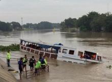 เรือล่มที่อยุธยาพบผู้เสียชีวิตเพิ่มเป็น 15 ราย
