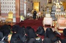 สมเด็จพระเทพฯ ทรงพระกรุณาโปรดเกล้าให้ประชาชน เข้าเฝ้าระหว่างสักการะพระบรมศพ