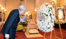 สมเด็จจักรพรรดิและสมเด็จจักรพรรดินีแห่งญี่ปุ่น ทรงโค้งคำนับ-ถวายราชสักการะ 'ในหลวง ร.9'