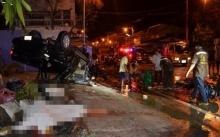 กระบะแรงงานพม่า ชนรถขนปลานิลกลางสี่แยกนครปฐม ดับ 2 เจ็บ 11