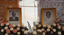 เผา 'สองตายาย' พร้อมกันในเชิงตะกอน ปิดตำนานรักอมตะ 75 ปี ตายในวันเดียวกัน