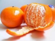 อุทาหรณ์!! พ่อเฒ่าวัย 63 ชักตาตั้ง ดับคาเกาอี้โยกเพราะกิน ส้ม!??