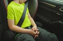 งี้ก็มี!!โจรปล้นรถแต่ดันมีเด็กอยู่เบาะหลัง มันเลยตัดสินใจทำแบบนี้!!??