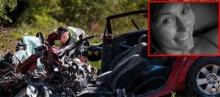 อุทาหรณ์!!สาวเซลฟี่โพสต์เฟซฯตอนขับรถจนพบจุดจบสุดเศร้า!
