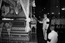สมเด็จพระบรมฯ เสด็จบำเพ็ญพระราชกุศล สวดพระอภิธรรมพระบรมศพ