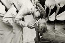 ดอกบัวสายชมพู แทนหัวใจรักภักดีของหญิงชราที่ยังเบิกบานใจตราบเท่านาน!!