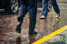 เหนือ-ตะวันออก-ใต้ ฝนตกหนักบางแห่ง ระวังน้ำท่วมฉับพลัน