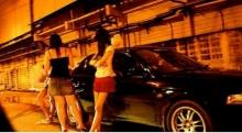 ตามไปดู!! ตำรวจทำอย่างไร.. เมื่อนักข่าวล่อซื้อหญิงบริการใกล้ สน.!!? (2 คลิปเน้นๆ)