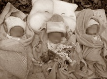 สุดช็อก!! แม่รอผ่าคลอด 2 ชั่วโมงกว่า จนลูกแฝดสามเสียชีวิตในครรภ์