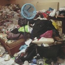 แทบช็อก!! เมื่อเจอห้องข้าง ๆในสภาพแบบนี้..สยองหนักมาก!!