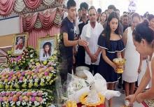 เศร้า!!จัดงานแต่งกลางงานศพคู่รักวัยรุ่น หลังเกิดอุบัติเหตุดับทั้งคู่
