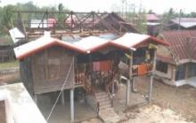 พายุลูกเห็บถล่มนครพนมอ่วม ยอดฉัตรพระธาตุจำปาหัก!! บ้านเสียหาย 400 หลัง