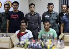 !!ตำรวจจับ สบู่กระปู๋ รวบของกลาง 1,263 ลำ กลางร้านสปาพัทยา