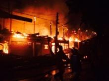 ไฟไหม้ย่านชุมชน จ.อุดรธานี เสียหายเกือบ 10 ล้าน!!