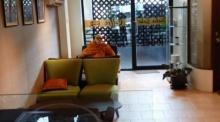 จี้สอบ!! พระสุดชิว..นั่งจิบกาแฟเก๋ๆ นั่งหลับที่ร้านทุกวัน