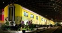 ปิติ!! รอรับเสด็จ สมเด็จพระเทพฯ ประทับรถไฟพระที่นั่ง ออกจากสถานีจิตรลดา 11.30 น.