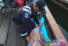 2ตำรวจกระบี่ ช่วยทำคลอดบนเรือหางยาวโซเชียลชื่นชม