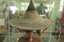 พบพระมาลาสมเด็จพระนเรศวรฯ มียันต์แปดทิศอายุกว่า 400 ปี