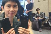 """อะไรจะขนาดนั้น? หนุ่มไทย ทนนั่งตากฝนเพื่อรอซื้อ """"ไอโฟน7"""""""