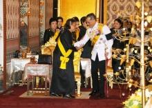 ล่าสุด สมเด็จพระบรมฯ แย้มพระสรวล ทรงมีพระราชปฏิสันถาร พระเทพฯ
