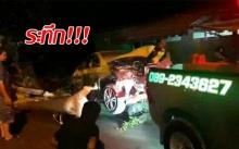 ระทึก!!! แท็กซี่ขับไล่บี้กันกว่า 10 กม. สุดท้ายเสียหลักพุ่งชนบ้าน!