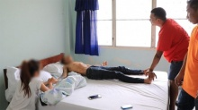 เข้าช่วยหนุ่มเกิดอาการคลุ้มคลั่ง คล้ายองค์ลงคาโรงแรม(คลิป)