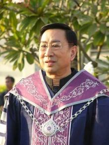 ดราม่ายาวววๆ…อธิการบดีม.รังสิตโพสต์เหน็บไทยพาณิชย์ จัดอันดับให้อยู่ที่โหล่!!