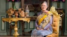 ด่วน! สมเด็จพระเทพฯ รับสั่งสอนประชาชนทำดอกไม้จันทน์ ร่วมถวายพระเพลิงพระบรมศพ!!