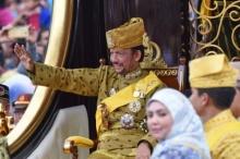 บรูไนฉลองยิ่งใหญ่ สมเด็จพระราชาธิบดีทรงครองราชย์ครบ 50 ปี