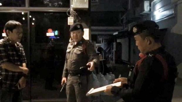 งานเข้า!ตำรวจบุกตรวจร้านก๋วยเตี๋ยวพริตตี้เพราะเหตุผลนี้
