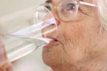 สบส.เผยเครื่องดื่ม 4ชนิด ห้ามคนแก่ดื่มหน้าร้อน