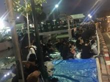 ปชช.เริ่มปักหลักค้างคืนรอเข้าชมงานพระราชพิธีถวายพระเพลิงพระบรมศพ ร.9 26 ต.ค.