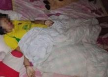 เศร้า!!ยาย-ทวดช็อก!หลานนอนตายไม่รู้ตัว งูเห่า เลื้อยฉกในผ้าห่ม