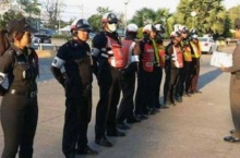 เครียดหนักมาก!! ผู้กองบี ตำรวจสวย เสียใจโซเชียลโจมตี จนต้องขอลาพัก!!!