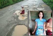 ผู้ว่าฯตาก รีบสั่งซ่อมถนน หลังสาวนุ่งกระโจมอกอาบน้ำประชด