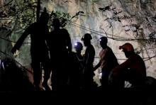 2 นักดำน้ำผู้ดีเผย ได้ช่วย 4 คนไทยติดถ้ำหลวง ก่อนพบ 13 หมูป่า
